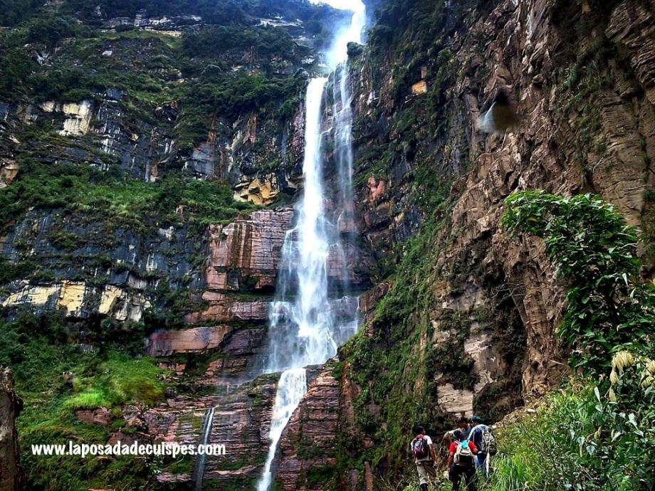 La Posada de Cuispes Yumbilla Falls 3